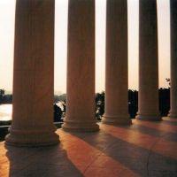 Jefferson Memorial Washington DC / Kodak 35 mm Disposable 1999, Мак-Хорд база ВВС