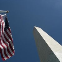 Washington Monument with Stars & Stripes, Паркланд
