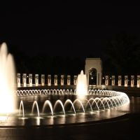 Fountain, Looking toward the Atlantic Theater Entrance, World War II Memorial, Washington D.C., Паркланд
