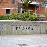 University of Washington sign, Такома