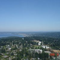 From a Helocopter looking N over Clyde Hill, Lake Washington, Хантс-Пойнт