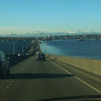 SR 520 bridge across Lake Washington, Хантс-Пойнт