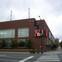 Comcast Arena at Everett Event Center (from Broadway and Hewitt), Эверетт