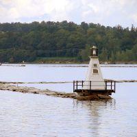 South and North breakwater lighthouses, Burlington Bay, Lake Champlain, Берлингтон