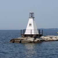 South Light and the Burlington Breakwater, Lake Champlain, Берлингтон