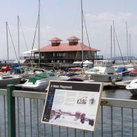 The Boathouse on the Burlington, Vermont waterfront, Берлингтон