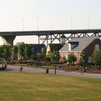 Yorktown, Virginia - Coleman Memorial Bridge (5/2008), Йорктаун