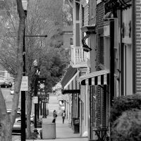 A view of Downtown Marion, Virginia on Wednesday, April 20, 2011. Photo Copyright 2011 Jason Barnette -- Purchase prints of this photo and more at www.jasonbarnettephotography.com, Марион