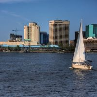 Sailing Into Downtown Norfolk, Норфолк