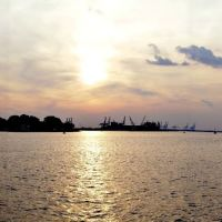 Sunset on the Elizabeth River, Портсмут