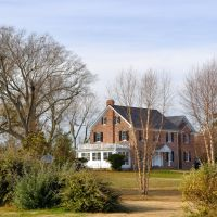 VIRGINIA: ISLE OF WIGHT COUNTY: RUSHMERE: private residence, 5316 Old Stage Highway (S.R. 10) as seen from the fire department, Рашмер