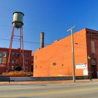 VIRGINIA: RICHMOND: The River Lofts Water Tower at Tobacco Row beside 2323 East Main Street, Ричмонд