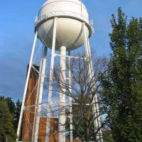 Water Tower at SW8 - howderfamily.com, Севен-Корнерс