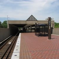 East Falls Church platform, Севен-Корнерс