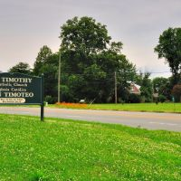 VIRGINIA: ESSEX COUNTY: TAPPAHANNOCK: St. Timothy Catholic Church, 708 Church Lane (U.S. Route 17) road sign, Таппаханнок