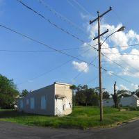 Deserted Shot Gun House, Richmond, VA., Хайленд-Спрингс