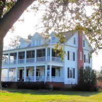 VIRGINIA: HAMPTON: private residence, 609 Bridge Street rear view, Хэмптон