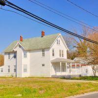 VIRGINIA: HAMPTON: PHOEBUS: private residence on West County Street, Хэмптон