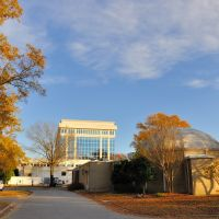 VIRGINIA: CITY OF CHESAPEAKE: City Hall, 306 Cedar Road, with Chesapeake Planetarium on right, Чесапик