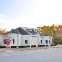 VIRGINIA: CITY OF CHESAPEAKE: Prince of Peace Catholic Church, 621 Cedar Road, Чесапик