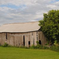 Tumbledown Barn, Ваусау