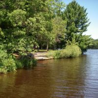Lake Du Bay County Park shoreline, И-Клер