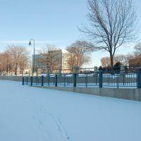 Snowy Riverside, Ла-Кросс