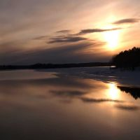 Winter morning at Lake Dubay, Манитауок