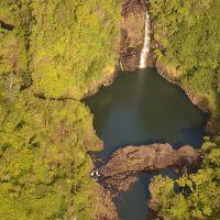2011-10-06 Hawaiian waterfalls just above Hilo., Ваилуку
