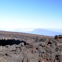 2012-04-29 Hualalai volcano from slopes of Mauna Loa near observatory., Канеоха