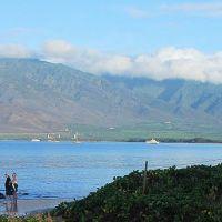 Morning Light on West Maui Mountains, Кихей