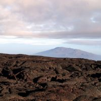 2013-05-06 Hualalai volcano from the northern mid-slope of Mauna Loa., Лиху