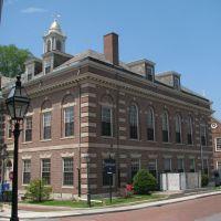 Florence K. Murray Judicial Complex, Ньюпорт