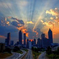 Sunset behind the Atlanta skyline., Атланта