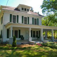 Grandmas House (Waldrop Family), Грешам Парк