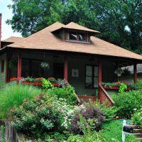 Nice Old House, Грешам Парк