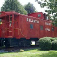 Atlantic Coast Line Railroad Caboose No. 0742 on display at Jesup, GA, Джесап