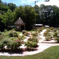 City Rose Garden East Point, GA, Ист-Пойнт