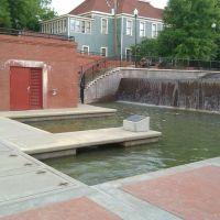 Historic Water Plaza, Колумбус