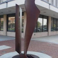 Sculpture at Broadway, Колумбус