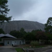 A view of Stone Mountain., Лукоут Моунтаин