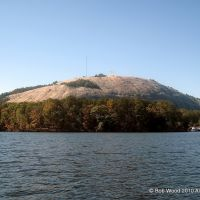 Stone Mountain, Atlanta from the Duck ride on the Lake, Лукоут Моунтаин