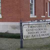 Thomasville Fine Arts Library sign, Томасвилл