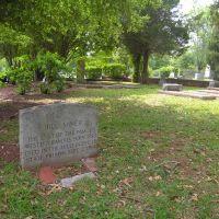 "Grave of Bill Miner, ""The Gentleman Robber"". Originator of the phrase ""hands up."", Хардвик"