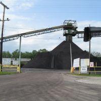 Coal Dock, Середо