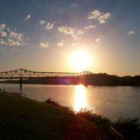 Sunset Over the Ohio, Хунтингтон