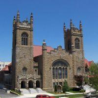 First United Methodist Church, GLCT, Хунтингтон
