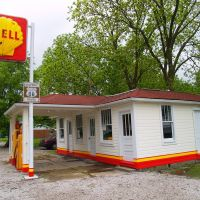 Soulsbys Service welcomes Route 66 travelers since 1926, Бенлд
