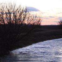 Creek, Бондвилл