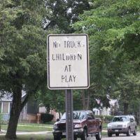 Sign, Вилла-Парк